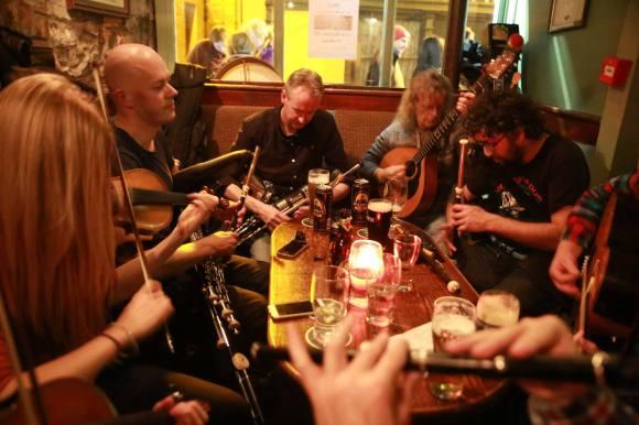 Loïc Bléjean with Niamh Gallagher, Brian MacAodha, Cyril O'Donoghue, Fafa's, Ennis 2016
