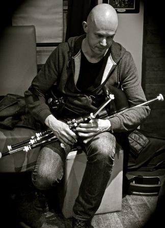 Loïc Bléjean - uilleann pipes - Photo Laurence Marchal